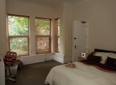 Bed 3 Albert